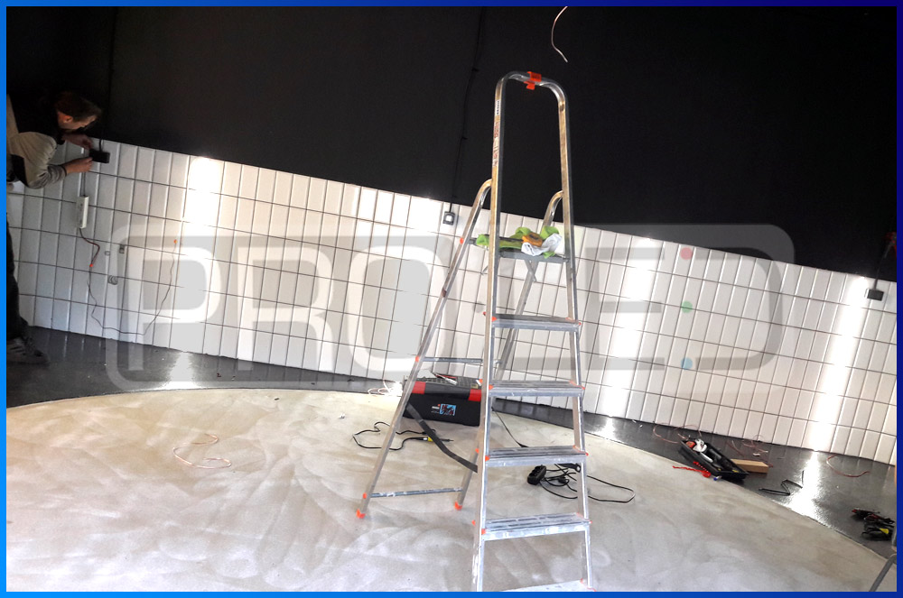 Oświetlenie LED w warsztacie auto-detailingu - montaż